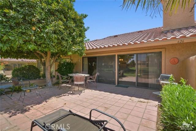 77626 Woodhaven Drive, Palm Desert CA: http://media.crmls.org/medias/11f8a9f9-a8c3-423b-8fb7-4c672d7bbf32.jpg