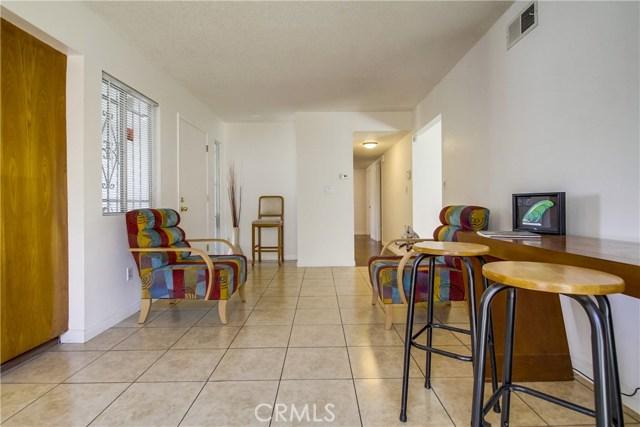 9009 Oneida Avenue, Sun Valley CA: http://media.crmls.org/medias/11ff3324-2fed-4d3c-8f1b-eec6f64a1c80.jpg