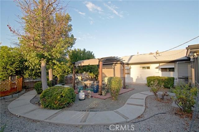 26590 Ridgemoor Road, Menifee CA: http://media.crmls.org/medias/12180eea-7074-415d-807d-226fe1dc326e.jpg