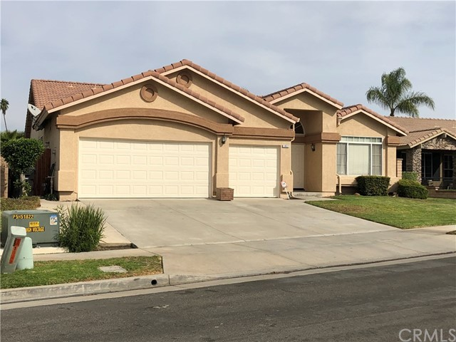Property for sale at 1057 Shadow Crest Circle, Corona,  CA 92881