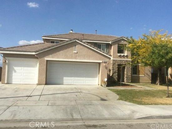 2055 La Clarita Avenue, San Jacinto CA: http://media.crmls.org/medias/12229f3c-e604-421b-8add-80577b2aaf08.jpg