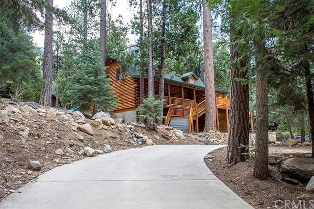 Single Family Home for Sale at 24620 Fern Valley Road 24620 Fern Valley Road Idyllwild, California 92549 United States