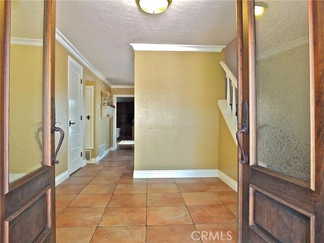 1621 W Chanticleer Road, Anaheim CA: http://media.crmls.org/medias/1231641c-d507-4135-82f2-303525695eef.jpg