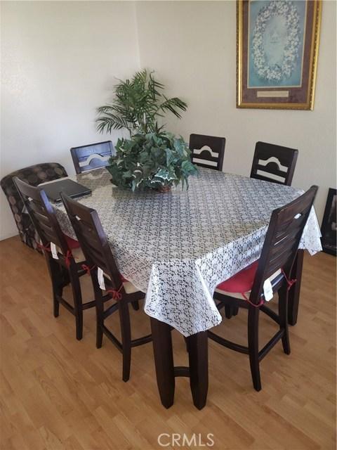 13815 Pheasant Knoll Lane, Moreno Valley CA: http://media.crmls.org/medias/1234184f-630c-4ab1-974b-bcd344fc8b6a.jpg