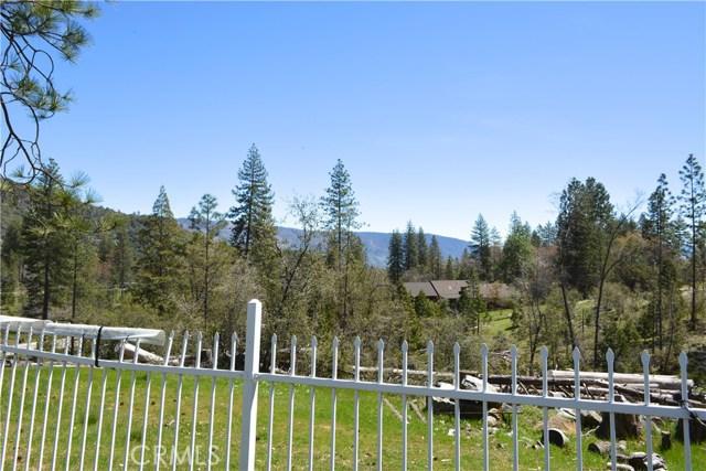 34953 Church Ranch Road, North Fork CA: http://media.crmls.org/medias/12359525-6c9b-49c4-9717-31c2ed5455d4.jpg