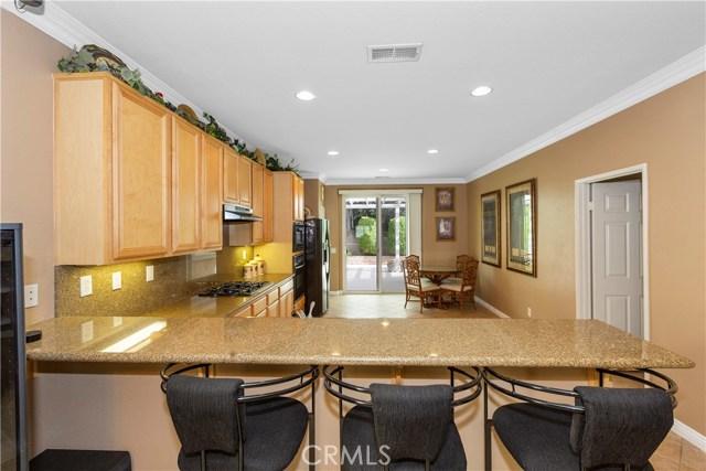 11854 Cedarbrook Place, Rancho Cucamonga CA: http://media.crmls.org/medias/12416763-708f-4273-8927-e6f12cbe9ff4.jpg