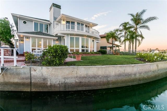 16936 Coral Cay Lane, Huntington Beach CA: http://media.crmls.org/medias/1243755b-d353-4506-bfd0-13221c8c6e98.jpg