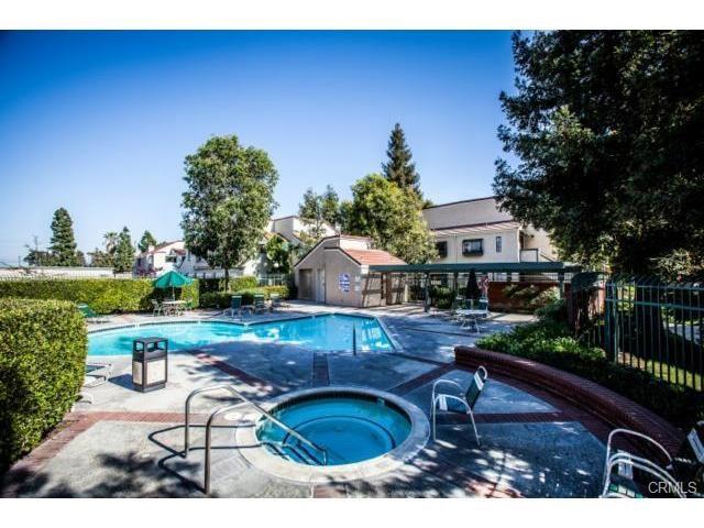 3573 W Greentree Cr, Anaheim, CA 92804 Photo 18
