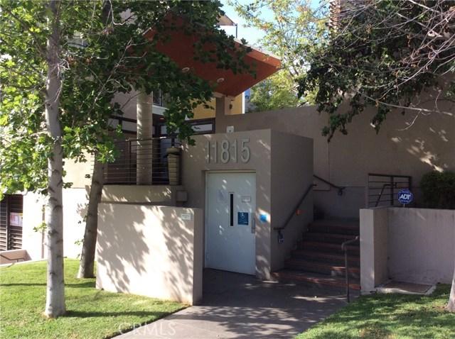 11815 Laurelwood Drive 11, Studio City, CA 91604