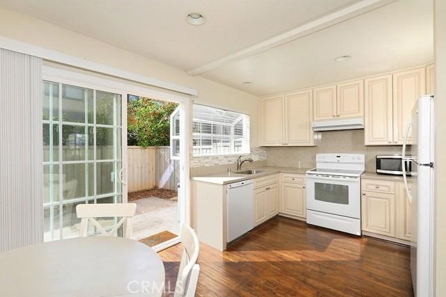 65 Streamwood, Irvine, CA 92620 Photo 3