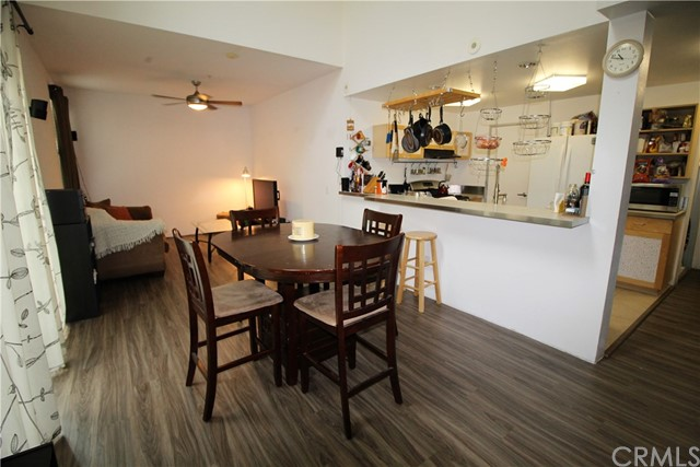 Townhouse for Sale at 1890 Long Beach Boulevard Long Beach, California 90806 United States