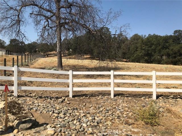 0 Oak Springs Lane, Coarsegold CA: http://media.crmls.org/medias/12708081-94c1-4e98-adf3-9c0991d5b487.jpg