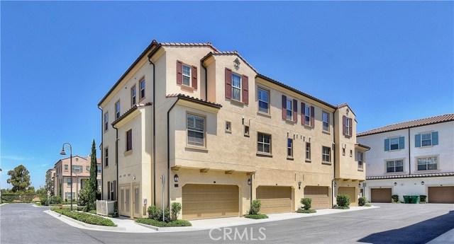 226 Capricorn, Irvine CA: http://media.crmls.org/medias/12752990-1274-409e-9c02-17d3a45408e9.jpg