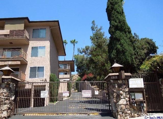 Condominium for Sale at 1517 Garfield Avenue Unit 72 1517 E Garfield Avenue Glendale, California 91205 United States