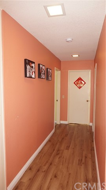 13745 Moonshadow Place, Chino Hills CA: http://media.crmls.org/medias/1285dbf1-7ec3-4067-aa21-55dff51ee4c4.jpg