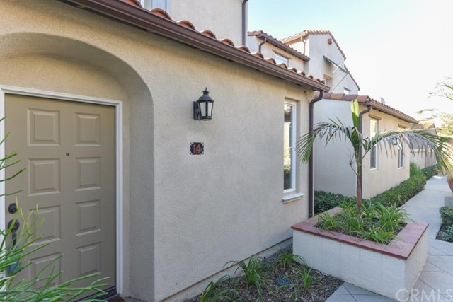 14 Alevera St, Irvine, CA 92618 Photo 1