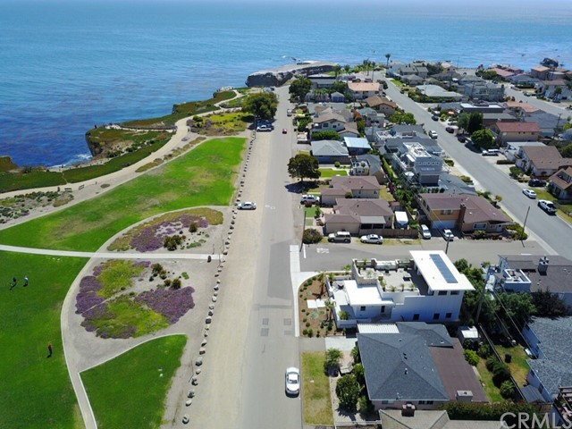 190 CLIFF AVENUE, PISMO BEACH, CA 93449  Photo 4