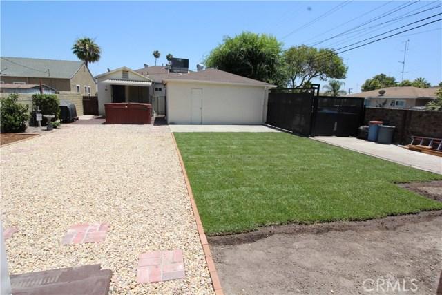 798 Bunker Hill Drive, San Bernardino CA: http://media.crmls.org/medias/129e66e0-d475-4126-ba8d-5837c6781f32.jpg