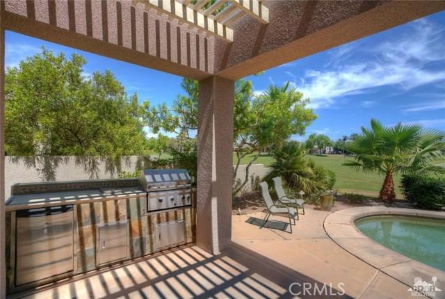 10 Via Haciendas, Rancho Mirage CA: http://media.crmls.org/medias/12aaa945-2541-44e7-9c87-64f07eab5210.jpg