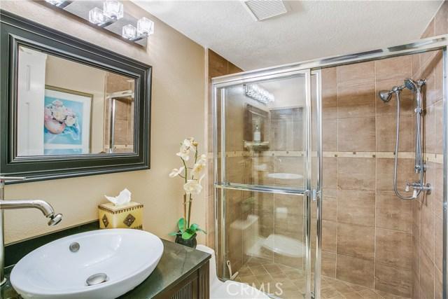 829 S Amber Lane, Anaheim Hills CA: http://media.crmls.org/medias/12aad762-fa42-45bd-bb9c-c91fa4f4583e.jpg