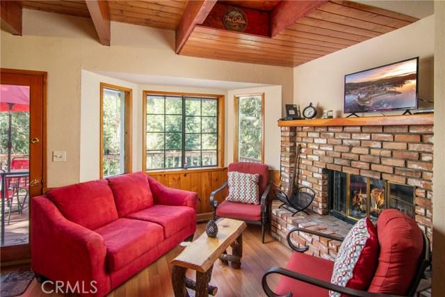 22286 Pine Drive, Cedarpines Park CA: http://media.crmls.org/medias/12acdfa6-820c-42f1-a870-fd7f67e3f11d.jpg