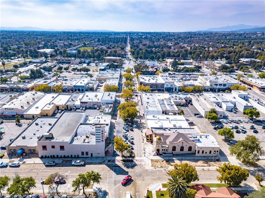 274 E 9th Street, Upland CA: http://media.crmls.org/medias/12b58628-cd58-4bf9-a6b3-b220d99b7f00.jpg