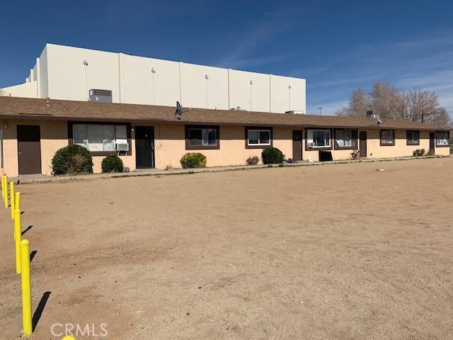 13401 Navajo Road, Apple Valley CA: http://media.crmls.org/medias/12c1af86-8a28-423c-ab14-599acbfb3751.jpg