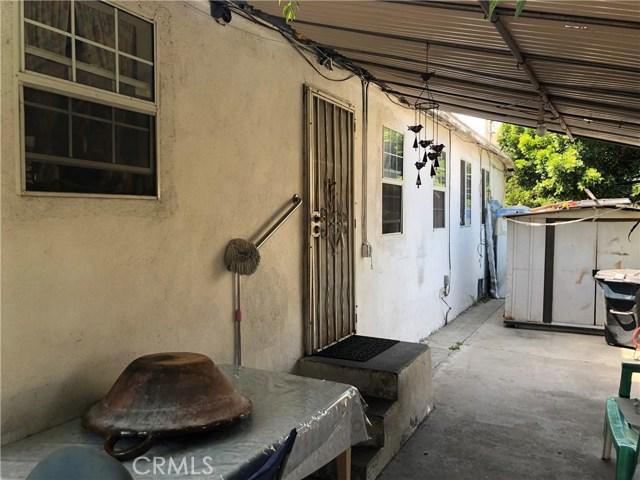 1428 Espanol Avenue, Montebello CA: http://media.crmls.org/medias/12ccb7f8-15b4-4721-895a-14a00ab7d5ce.jpg
