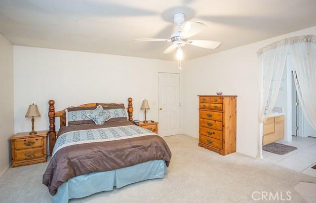 13926 Navajo Road Apple Valley, CA 92307 - MLS #: CV17207773