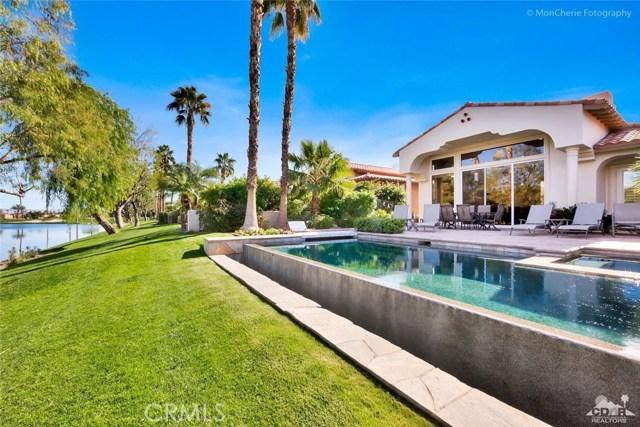 79840 Rancho La Quinta Drive, La Quinta CA: http://media.crmls.org/medias/12d07097-262f-49a0-aefc-3e96d9127afc.jpg