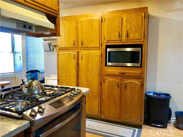 628 Magnolia Avenue, Brea CA: http://media.crmls.org/medias/12d2d205-90d7-416e-897e-f0c9c8c18ac0.jpg