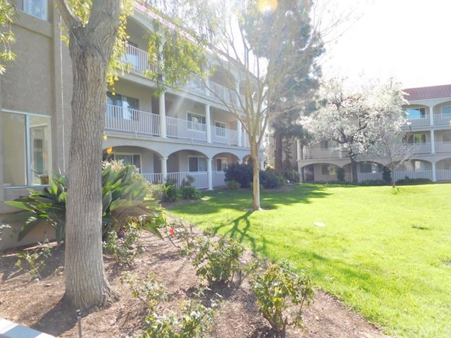 Condominium for Sale at 4013 Calle Sonora Oeste Laguna Woods, California 92637 United States