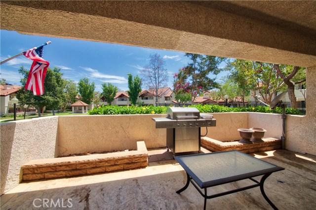 8319 Vineyard Avenue, Rancho Cucamonga CA: http://media.crmls.org/medias/12e54114-ed6b-4d9a-9028-83e96e1d6a80.jpg