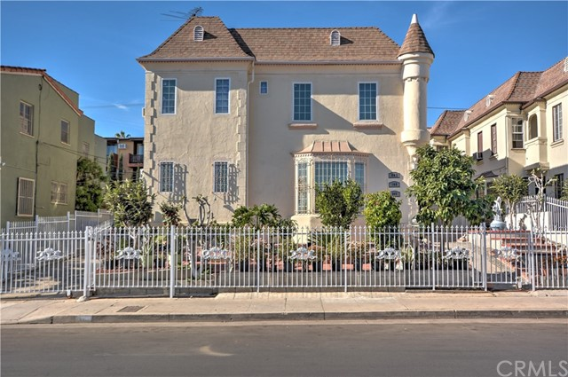 Triplex for Sale at 867 N Alexandria Avenue 867 N Alexandria Avenue Los Angeles, California 90029 United States