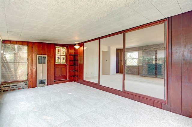 15404 S Saint Andrews Place, Gardena CA: http://media.crmls.org/medias/12e9fb67-37e3-45fb-b625-17a80211d475.jpg