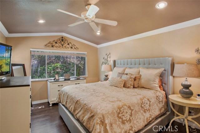 836 S Amber Lane, Anaheim Hills CA: http://media.crmls.org/medias/12ecd864-567a-43e5-b58c-d7019bf1204b.jpg