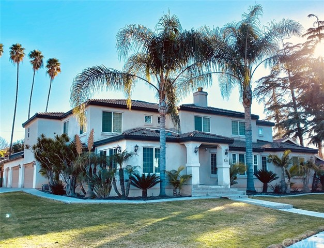 Photo of 1103 E Grand Boulevard, Corona, CA 92879