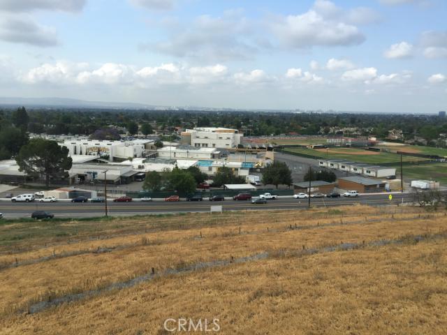13221 Cole Lane, North Tustin CA: http://media.crmls.org/medias/1304efd4-92a7-4843-a045-f97727b2b873.jpg