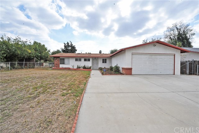 Single Family Home for Sale at 25461 Park Avenue Loma Linda, California 92354 United States