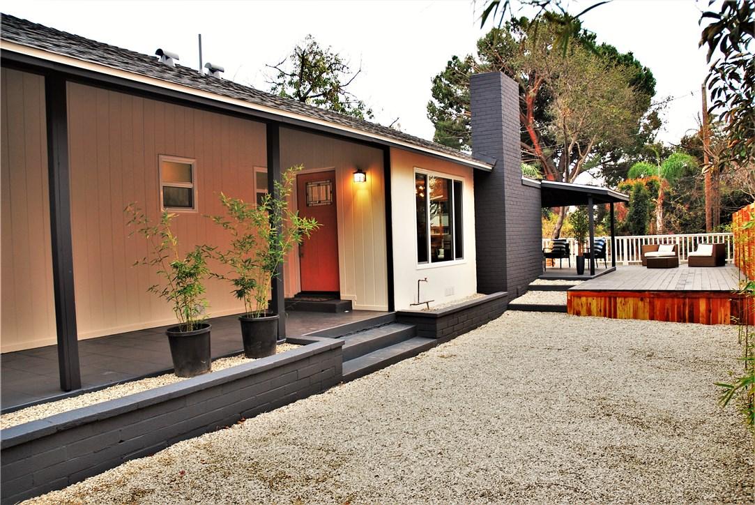 970 E Woodbury Rd, Pasadena, CA 91104 Photo 5