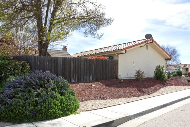 903 Torrey Pines Drive, Paso Robles CA: http://media.crmls.org/medias/1333c36c-b5a8-45e9-9ca9-5122e9b3dbb0.jpg