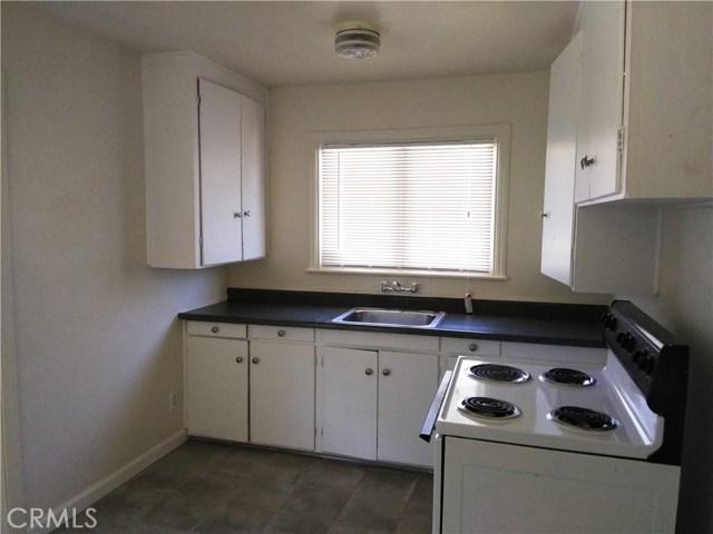 1280 High Street, Oroville CA: http://media.crmls.org/medias/13342281-f73a-4c41-8479-4e21c3065efa.jpg