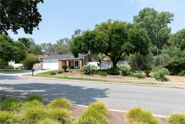 15450 Rolling Ridge Drive, Chino Hills CA: http://media.crmls.org/medias/133b5d98-6f48-4244-8b37-2e6c134c7db5.jpg