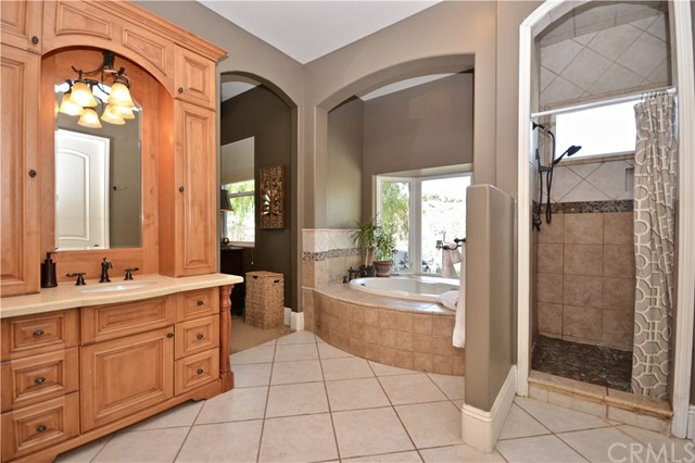 40011 VIA VIEW, TEMECULA, CA 92592  Photo 14