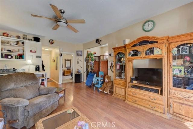 33385 Oak Glen Road, Yucaipa CA: http://media.crmls.org/medias/133d7683-e1c1-45a7-a98a-0f1c74fc8c2d.jpg