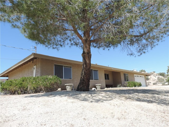 5808 San Rafael Road Yucca Valley, CA 92284 - MLS #: CV18096920