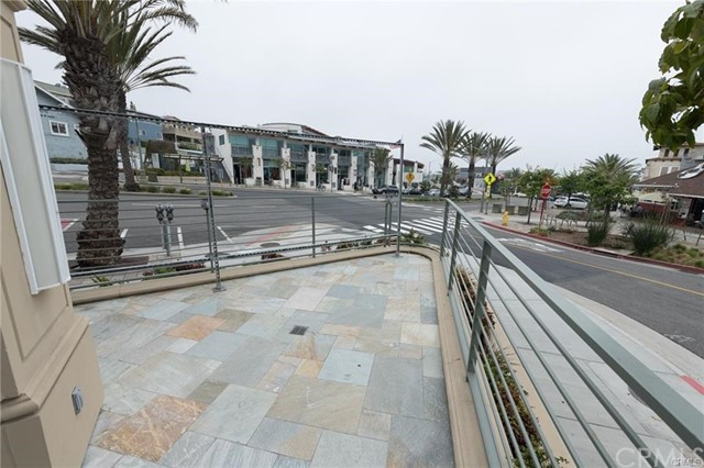 205 Pier Ave 100, Hermosa Beach, CA 90254 photo 4