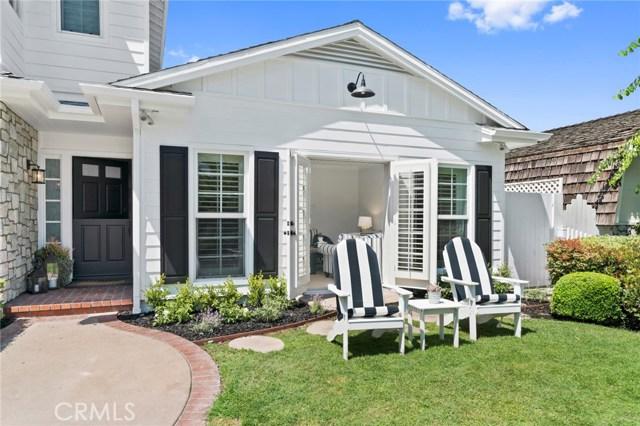 481 Cabrillo Street, Costa Mesa CA: http://media.crmls.org/medias/13515a96-ea60-492f-8741-d3ba6779e690.jpg