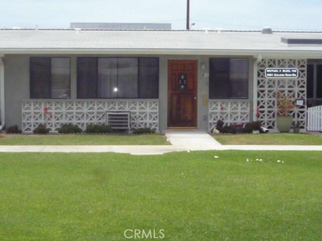1281 Goldenrain Road, Seal Beach CA: http://media.crmls.org/medias/13516ab6-e7a3-417a-9577-e41916d6b166.jpg