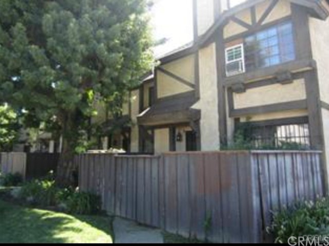 14924 Nordhoff St, North Hills, CA 91343 Photo